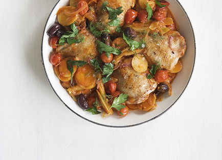 Tomato-braised chicken thighs with fennel and olives