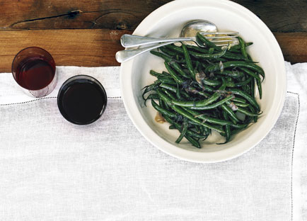 Sautéed beans with savory