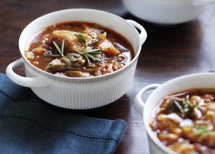 Brigitte Hafner: Porcini, tomato and bread soup