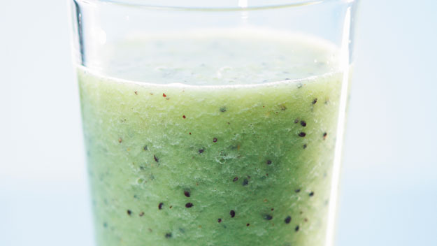 Kiwifruit and green grape juice