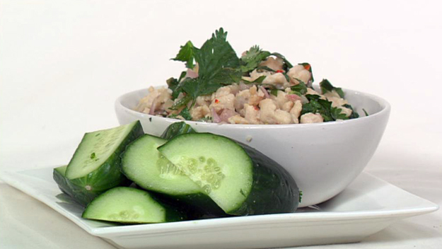 Chicken larb salad