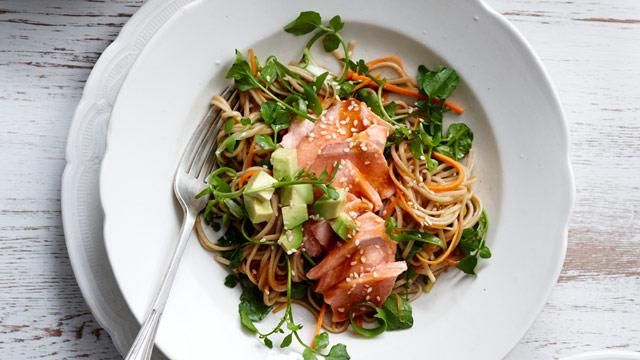 Salmon fillets with soba noodle salad