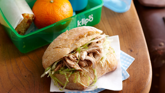 Pulled chicken rolls