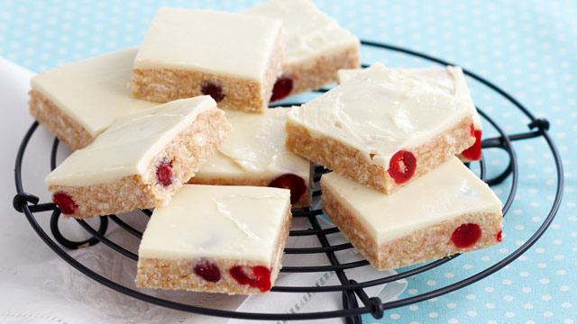 Gourmet white chocolate slice