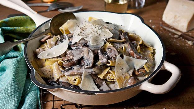White wine & mushroom ragoût with sagnarelli