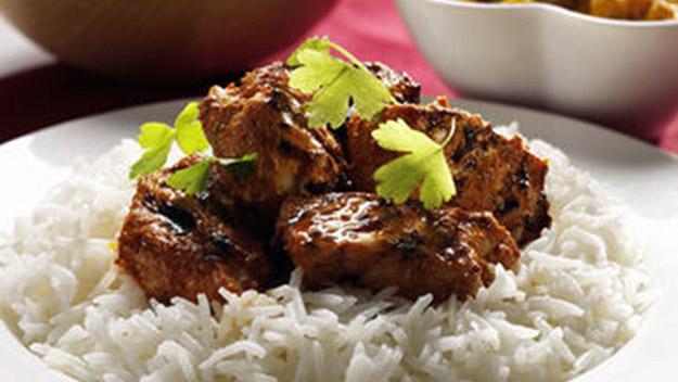 Simple Tandoori Chicken Naan Pizza  Bev Cooks