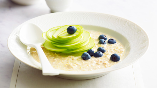 """Click here for our <a href=""""/recipes/ifruit/8463985/blueberry-and-apple-bircher-muesli""""> Blueberry and Apple bircher museli </a>"""