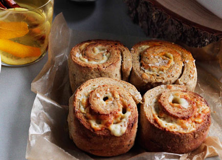 Cheese, onion and chive scrolls