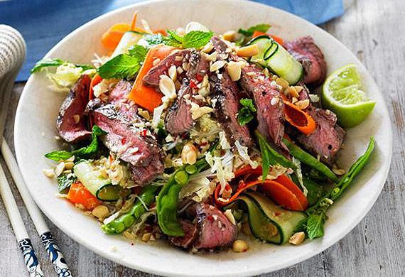Vietnamese grilled beef salad recipe - 9Kitchen