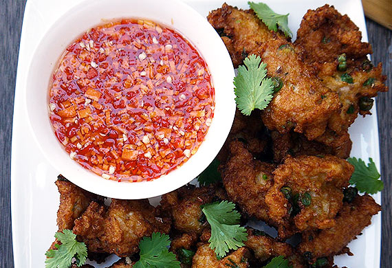 Hawker-style Thai fish cakes with dipping sauce