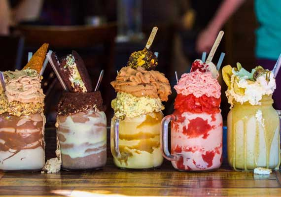 The rise of the freakshake australia 39 s mega milkshake mania for Food bar trends