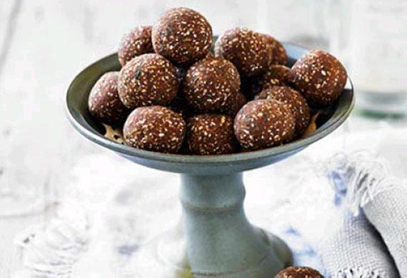 Lee Holmes' Ferrero Rocher chocolate truffles
