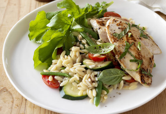 Basil chicken with tomatoes and zucchini risoni