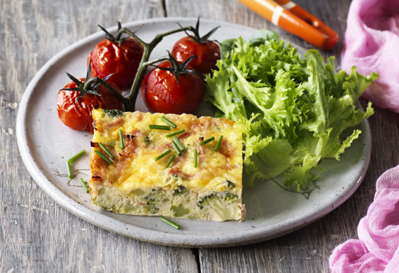 Weight Watchers' broccoli, leek and ham frittata