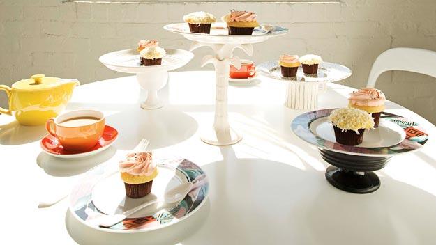 Kooky cakestands