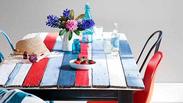Fence paling table top