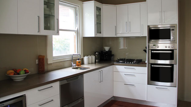 Real-life kitchen makeover - 9homes