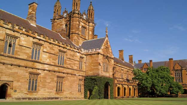 Man at centre of naked photo affair still works at Sydney Uni