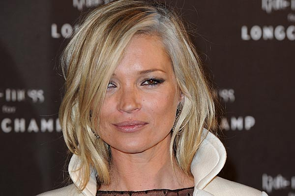 Going Grey Kate Moss S Hair Dye Disaster 9thefix