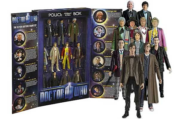 Play Doctor with full set of Doctor Who action figures
