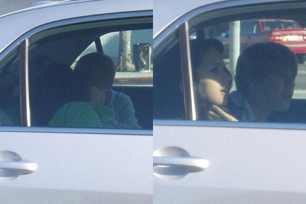 Justin Bieber and Jasmine V kissing