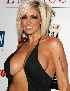 Epic celebrity cleavage! | 9TheFIX