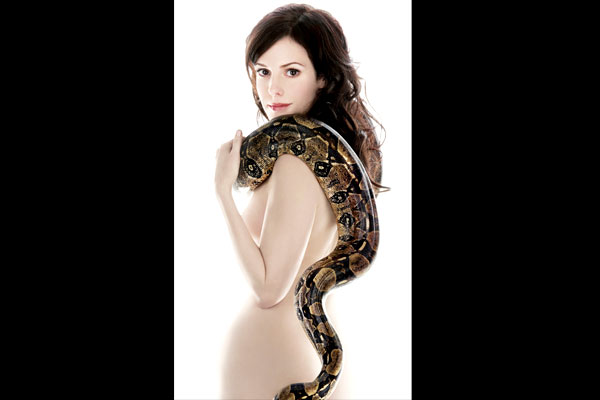 Mary Louise Parker Weeds Naked