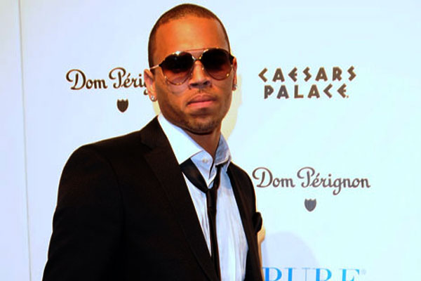 'Angry' Chris Brown accused of drive-by phone robbery