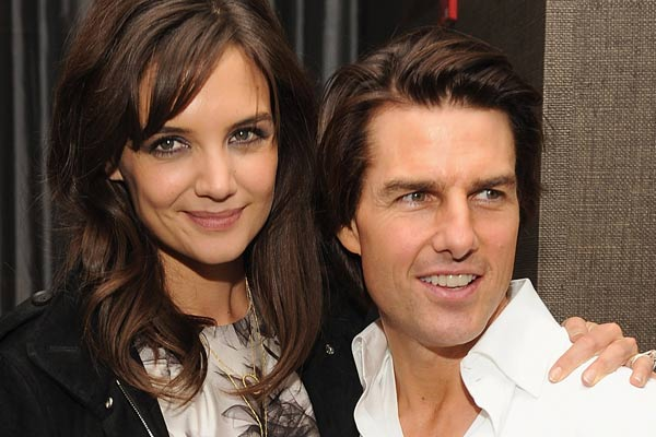 Tom Cruise 'in major crisis mode' trying to keep divorce out of court