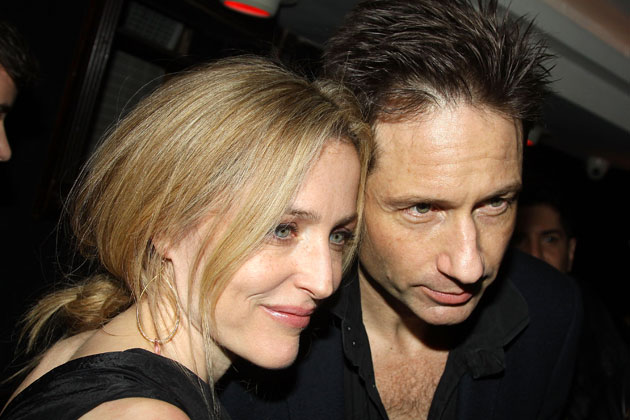 David Duchovny denies he's shacked up with <i>X-Files</i> co-star Gillian Anderson