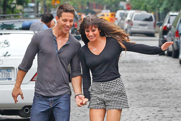 First pics of Dean Geyer on Glee - sparks fly with Lea Michele