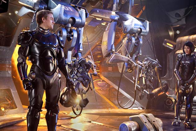 Today we are cancelling the apocalypse!' Humans, robots and aliens at war in epic Pacific Rim trailer