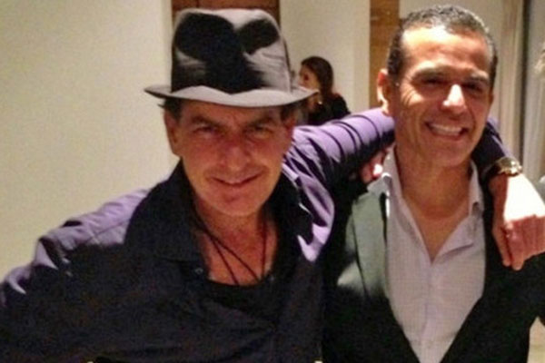 Charlie Sheen and LA mayor Antonio Villaraigosa