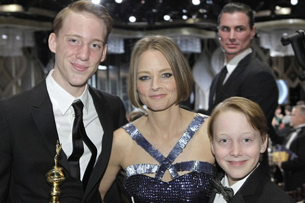 Jodie Foster 'to tell sons who their father is when they're 21'