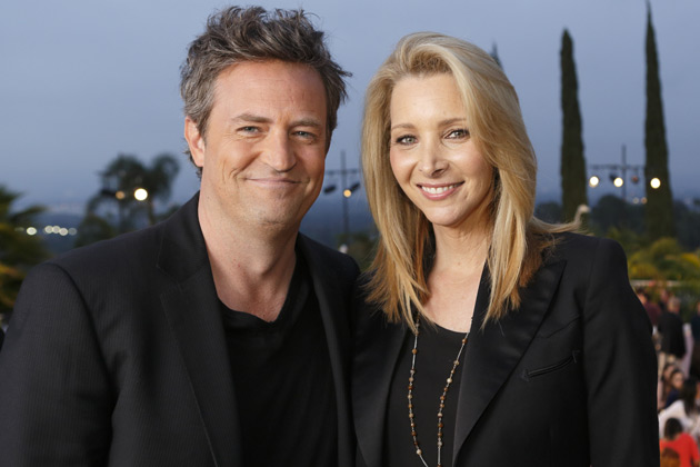 Lisa Kudrow and Matthew Perry: '<i>Friends</i> should've kept on going'