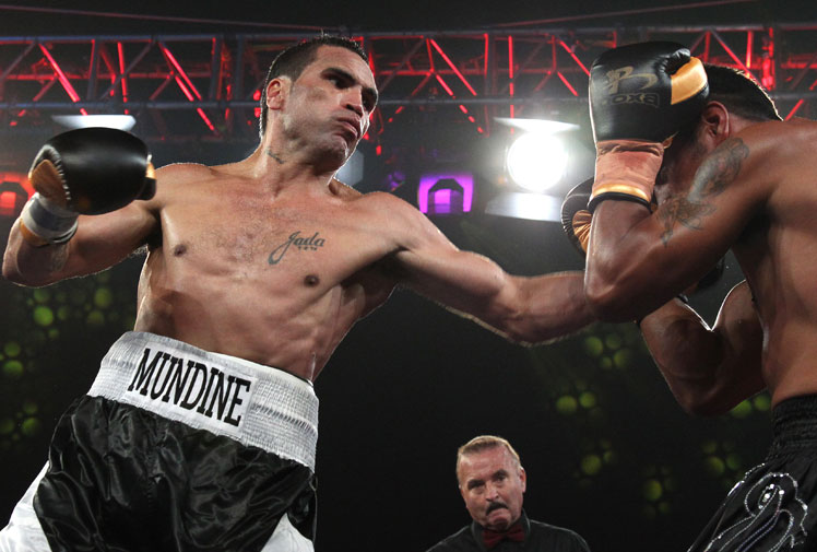 <b>Anthony Mundine and rugby star Quade Cooper have celebrated boxing wins, but neither appeared to impress in their latest outings inside the ring.</b><br/><br/>Mundine fought little known New Zealander Gunnar Jackson and was forced to battle manfully by the 27 year old, a rival 11 years Mundine's junior.<br/><br/>Cooper was introduced as 'the Quintessential Quade Super Cooper' before scoring a fourth round TKO win over 40-year-old boxing veteran Warren Tresidder.<br/>