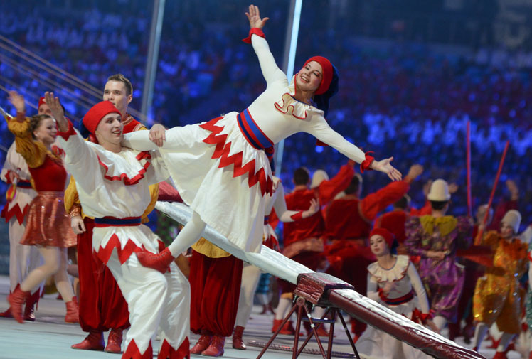 <b>Russia has shown its lighter side at the Winter Olympics Closing Ceremony, mocking an embarrassing hiccup from the Opening Ceremony when an illuminated Olympic ring failed to open.</b><br/><br/>The packed Fisht stadium on the Black Sea coast was in high spirits after the home nation earlier topped the medals table and roared in appreciation when hundreds of glittering performers formed four big rings and a small one, which then opened up.<br/><br/>Sochi threw a two and a half hour party to end the 2014 Games. (Getty Images)<br/>