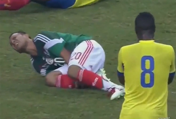 <b>As far as injuries go, they don't get much more more sickening than the double whammy seen in a 'friendly' between Mexico and Ecuador.</b><br/><br/>Moments after scoring a goal for Mexico, Luis Montes' career was abruptly halted when he broke his fibula and tibia while contesting for a loose ball with Ecuador's Segundo Castillo.<br/><br/>For his part, Castillo was left with a suspected torn anterior cruciate ligament. The incident left some teammates in tears and joins football's most sickening sights.