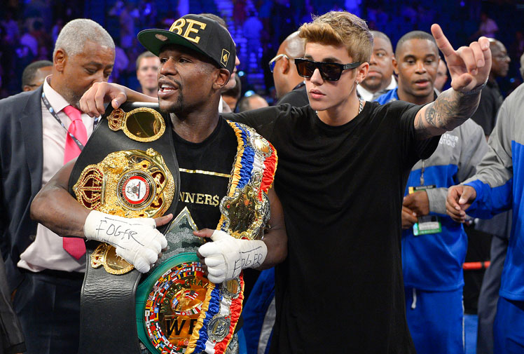 <b>Undefeated boxing superstar Floyd Mayweather has been named the world's highest-paid athlete by Forbes magazine.</b><br/><br/>Forbes estimates Mayweather will make $114 million this financial year through prizemoney, sponsorship and endorsements. His earnings are ranked ahead of football superstar Cristiano Ronaldo.<br/><br/>Golf great Tiger Woods was sport's highest earner in 2013, but lost ground due to the end of a video game deal and a debilitating back injury. (Getty Images)