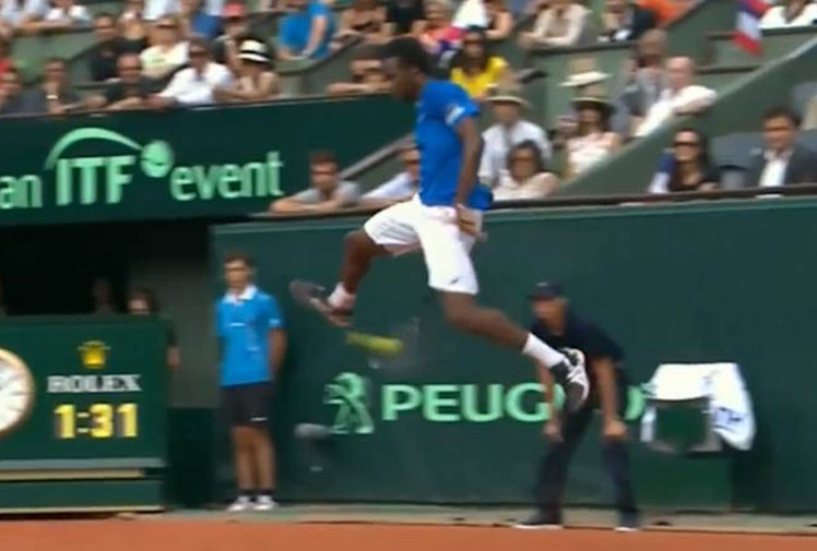 <b>Enigmatic French tennis star Gael Monfils has hit the best between-the-legs or 'tweener shot we've ever seen, in any sport, anywhere. </b><br/><br/>The Frenchman was in action during a Davis Cup tie when a return from his Czech opponent forced him to improvise with an incredibly athletic jumping between-the-legs shot. <br/><br/>Not only did Monfils connect with the running effort, he hit it with so much power that Lucas Rosol could only hit his return into the net. <br/><br/>Click through and decide for yourself whether it's sport's greatest 'tweener shot ever.<br/>