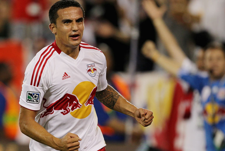 <b>Socceroos star Tim Cahill has been named among the highest paid players in Major League Soccer, earning an annual salary of almost $4 million.</b><br/><br/>Cahill, who plays for the New York Red Bulls, is ranked eighth behind the league's new biggest earner, Brazilian attacker Kaka.<br/><br/>Kaka is on a base salary of more than $8 million, which is slighly more than what David Beckham got paid with the Los Angeles Galaxy. Check out the MLS Millionaire's Club...