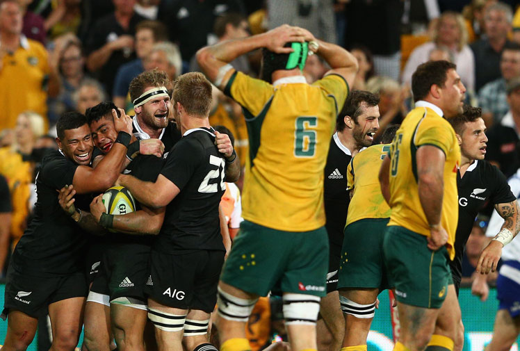 <b>It was a season that began full of promise with a Waratahs Super Rugby win, but 2014 quickly unravelled to a year of woe for Australian rugby.</b><br/><br/>The Wallabies won their opening three Tests, before Ewen McKenzie's men struggled in the Rugby Championship and were beset by controversy.<br/><br/>Kurtley Beale was stood down and fined $45,000 for sending lewd text messages to a female staffer who quit, before McKenzie eventually fell on his sword and was replaced by Michael Cheika. <br/><br/>Meanwhile, the All Blacks continued their dominance.