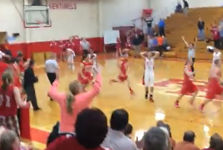 <b>A high school student in America has added his name to basketball's online immortals after being filmed netting a full-court shot to win a game on the buzzer.</b><br/><br/>With scores locked at 51-51, Clay Todd clinched victory for his Southern Rams with an unlikely three-point attempt from the opposite end of the court.<br/><br/>While the ball thundered into the backboard, it still somehow managed to fall through the hoop, sparking wild celebrations from his teammates. See how it compares to basketball's other great buzzer-beaters...