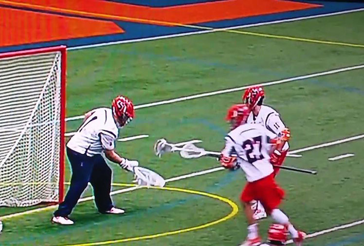 <b>You know you've nailed a great trick play when the broadcasters are fooled along with the opposition. </b><br/><br/>Well, that's just what Syracuse's lacrosse team have done with a hidden ball play against Virginia.<br/><br/>The goalkeeper and a player were involved in a pass at close quarters, confusing all and sundry as to who had the ball before the player carried the ball down the field to score as Virginia's players (and the cameraman) incorrectly focussed on the shot-stopper.<br/><br/>The perfectly executed play reminded us of these greats from the past. <br/><br/><br/><br/><br/><br/><br/>