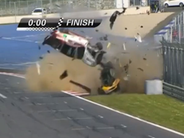 Drivers walk away after spectacular GT4 crash