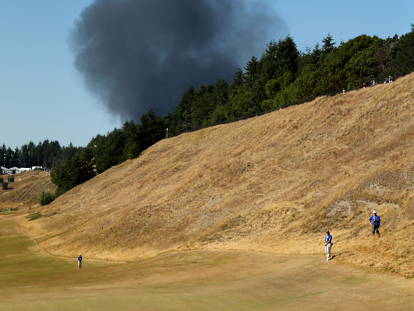 Dock fire steals focus from US Open