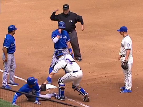 Run blunder leads to rare baseball triple play