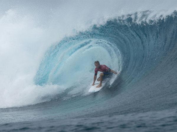 Kerr claims near perfect ride at Teahupo'o