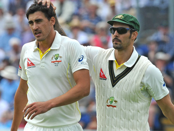 Mitchell Starc (L) and Mitchell Johnson. (AAP-file)
