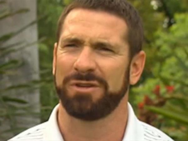 Akermanis wants AFL job at 'Dons